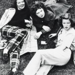 Katharine (left) with her sisters Marion and Peggy