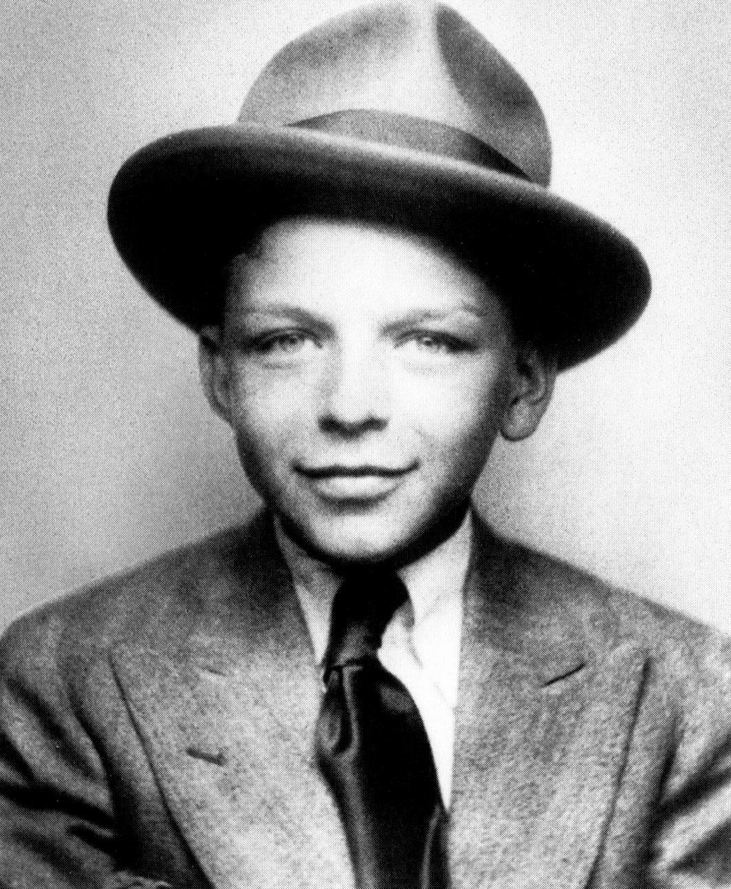 frank sinatra Also known as: francis albert sinatra born: dec 12, 1915 in hoboken, nj, usa  death: may 14, 1998 in los angeles, ca, usa.