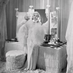 Jean as Kitty in Dinner at Eight