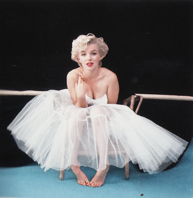 Photoshoot with Milton Greene in 1954