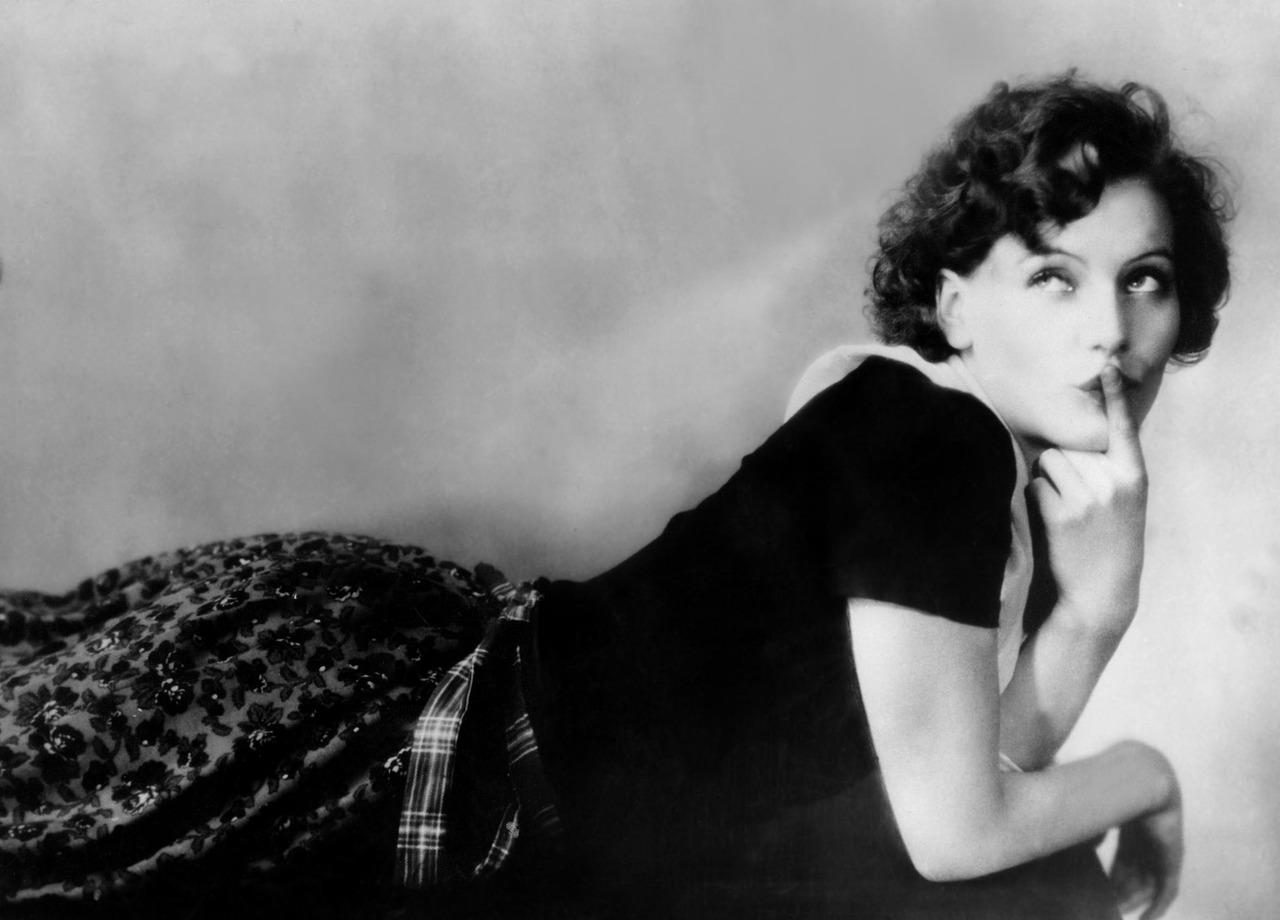 Greta in The Torrent in 1925