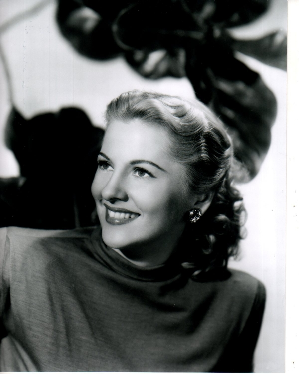 600full joan fontaine