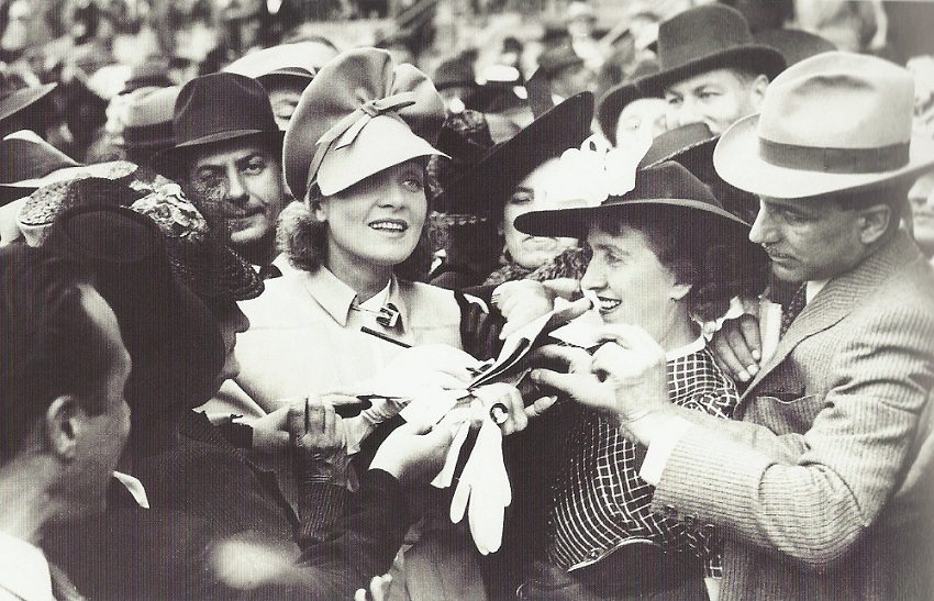 Newly famous Marlene Dietrich with fans