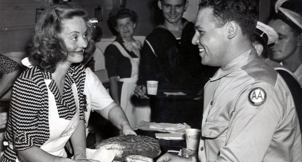 Bette Davis in the Hollywood Canteen