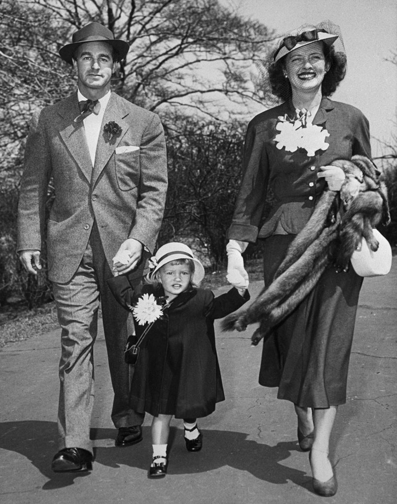 Bette Davis with second husband William and daughter B.D.