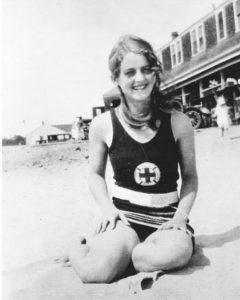 Bette Davis young on the beach