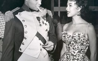 Marlon Brando and Rita Moreno