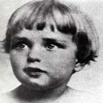 Mae West as a child