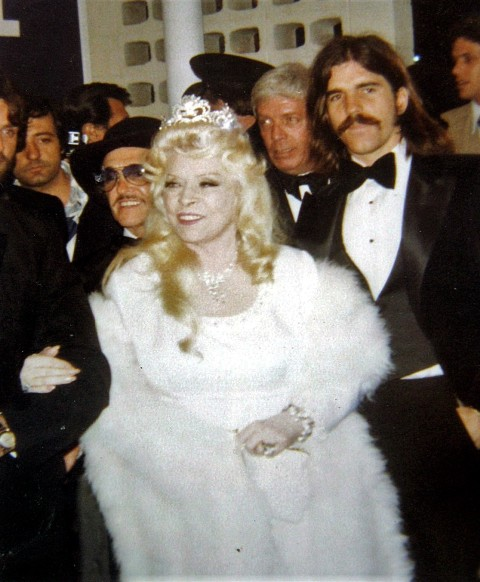 Mae West at the premiere of Sextette in 1978