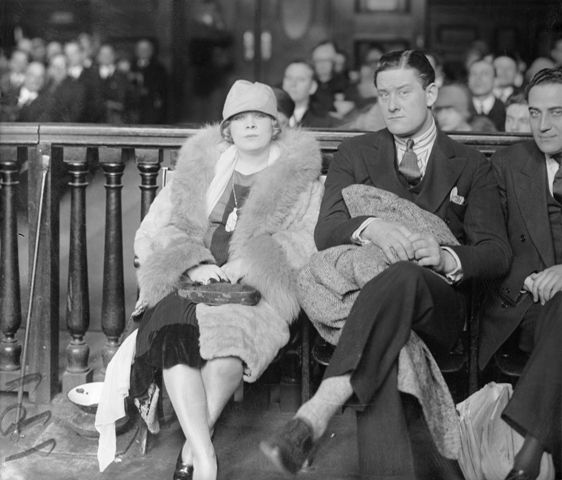 Mae West in court for her play Sex
