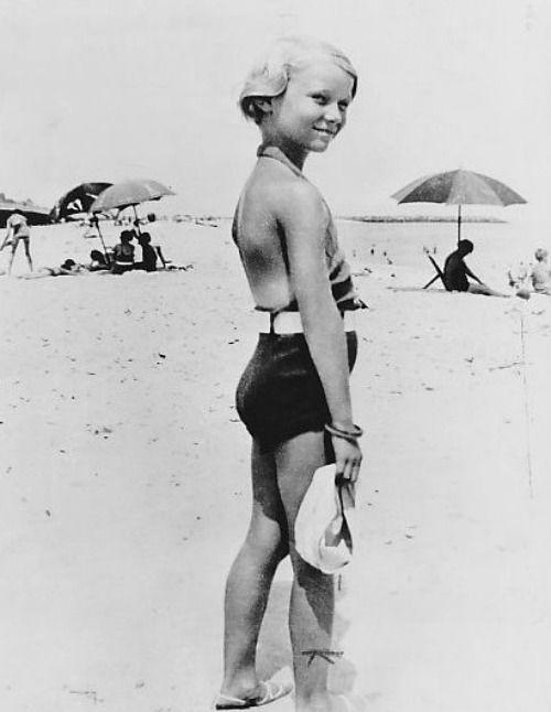 Veronica Lake as a child